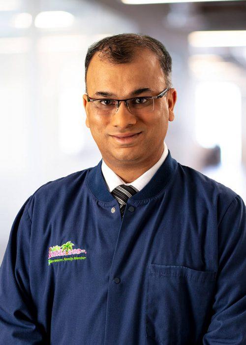 Dr. Shalesh Kumar